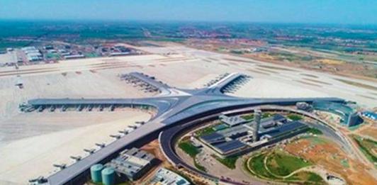 """航拍:青岛""""海星""""雏形新机场主体完工"""